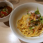 アジトイズム - 料理写真:ひき肉カレーつけ麺(850円)+〆のリゾット(200円)