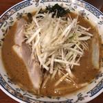 こりき - みそねぎだれラーメン750円 麺はストレート細麺
