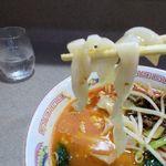 111995193 - 刀削麺