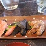 Asian chample foods goya - 「沖縄ソーセージ三種盛(もずく・イカスミ・黒豚チョリソー)」