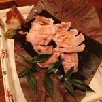 11200844 - ②沖縄産あぐー豚の岩塩焼き1000円