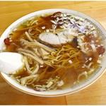 中華そば ますや - 料理写真:半チャーハン&ラーメン 700円 平成を飛び越えてきたかのような昭和な一杯です。