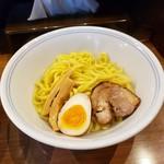 らーめん幸龍 - 麺