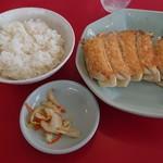 112006464 - 焼き餃子とご飯セット