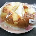 コナプラス - Wチーズ
