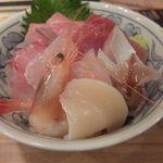 とんかつ小田保 - 海鮮丼