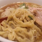 麺や 七彩 - 自家製麺