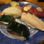 112026772 - お寿司