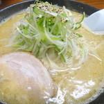 斎藤みそ家 - 料理写真:味噌とんこつラーメン