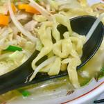 112033861 - タンメンの太平縮れ麺