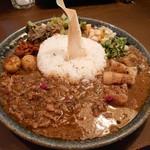 curry bar nidomi - nidomiカレー「混盛」1000円