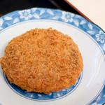 麺八 - メンチカツ