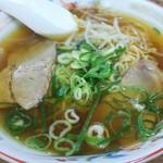 白川台一貫楼 - 料理写真:ラーメン