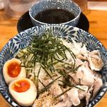 中村商店 - 冷やし肉盛りつけ麺