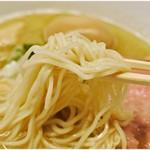 ラーメンバル ゆきかげ - コシ、風味、共にイイ感じの麺。
