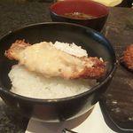 とんかつ マンジェ - リッチとんかつオンザライス最高!今回のは特にライスが美味かったです。