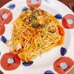 112072465 - ヤリイカと彩り野菜のトマトソース