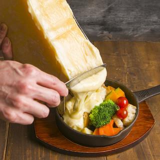 チーズ好き必見★ラクレットチーズをとろ~りかけて♪