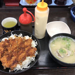 資さんうどん - ソースチキンカツ丼@600+貝汁変更@110