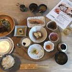 ホテル季風クラブ知床 - 料理写真:朝食