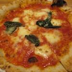 ピッツェリア アッローロ - ピザ