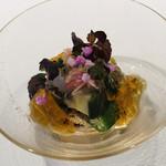 112091594 - 昆布〆めのカマス 茄子のお浸し オクラと茗荷 ジュンサイ 野菜のコンソメジュレ 穂紫蘇