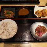 112098876 - 牛肉寿司特別御膳