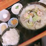 味処 壱・弐・参 - 料理写真:チャンポン定食