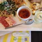テラス レストラン - 料理写真:デリやパスタ