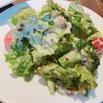 112108887 - 彩り野菜のシーザーサラダ