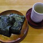 濱珈琲 - 磯辺巻セット(飲み物は昆布茶を選択)