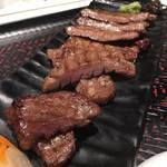牛タン専門レストラン 陣中 冠舌屋 - 丸ごと牛タン塩 140g Aセット (1,650円)