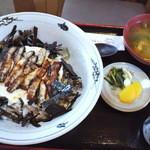 季禅房 - うなとろ丼1,520円
