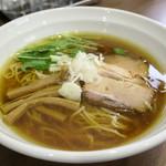 らーめん 水澄 - 料理写真:しょうゆらーめん(並)700円