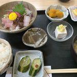 まるけん - ランチ刺身定食 ¥820