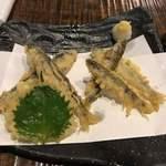 手打ちそば 山商 - 鮎の天ぷら