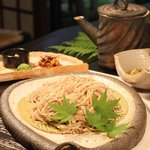 穂高城 - 料理写真:石挽き十割そば並盛 990円