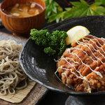 穂高城 - 山賊丼と十割そば小盛のお得なセット 1490円