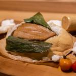 日本酒バル どろん - 合鴨の塩釜焼き