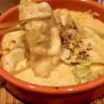 餃子とスパークリング バブルス - 炊き餃子