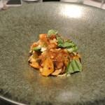 リストランテ カノフィーロ - 平取牛モツの煮込みとズッキーニのソース スパゲッティ
