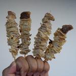 やきとりシバタ - 料理写真:この軟骨は、1本で5本分ぐらいの満足度があります(笑)