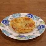 ケイズ パン - 料理写真:総菜パン(タマネギ、ベーコン、チーズ)