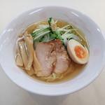小黒川パーキングエリア上り線フードコート - 料理写真:あごだしのまろやかな冷やしスープ! あごだし冷やしラーメン  650円