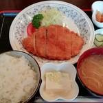 グリル小竹 - 料理写真:日替り定食(とんかつ) 750円