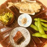 割烹天竜 - 【お通し前菜】 身うるか1年物、稚鮎の唐揚げ、鮎の甘露煮、 アボカドと川海苔、枝豆