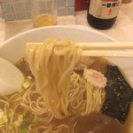 Hananoki@Plus - 麺は中細ストレート麺です