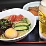 福島屋 - 牛すじ冷麺&おでん定食Ⓓ(生ビールセット)(夏季限定)