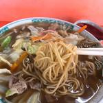 大連閣 - チャンポンの麺