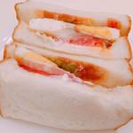 Boulangerie K YOKOYAMA  - ベーコンエッグサンド